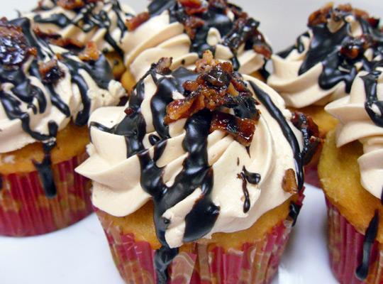 bacon-cupcakes.jpg